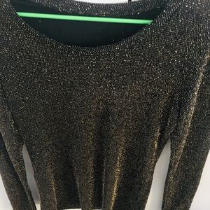Amazing black and gold top size Small